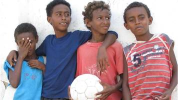 Mary Harper: Could Eritrea come in from the cold?