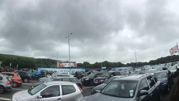 Euro 2016: Wales fans face three hour Eurotunnel delay