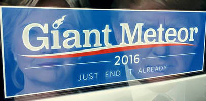 giant meteor for president in virtual tie with trump & hillary among independents