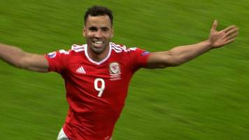 Euro 2016: Hal Robson-Kanu gives Wales a 2-1 lead against Belgium