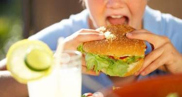 unhealthy food advertisements on television may lead to childhood obesity, says study