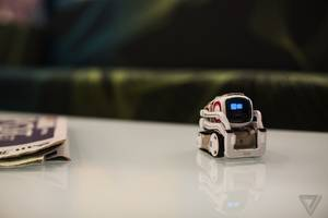 hanging out with anki's cozmo, the toy robot putting ai at our fingertips