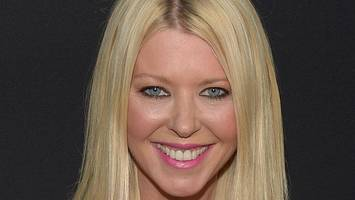 tara reid storms out of interview