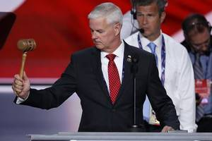 Republican Leaders Turn Aside Dissent From Anti-Trump Forces As Convention Opens