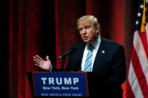 donald trump staff car involved accident in new york