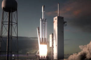 Showing off? SpaceX says it wants to land three rockets at the same time