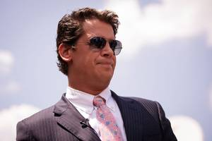 Twitter bans Milo Yiannopoulos, one of its worst trolls