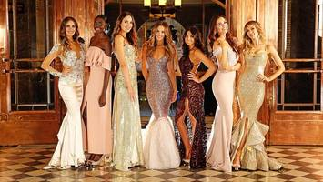 beauties vie for miss world australia title
