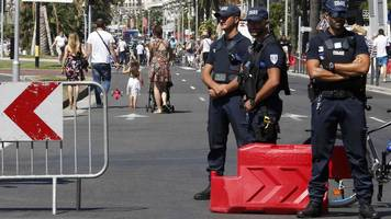 Nice attack: France to examine Bastille Day police actions