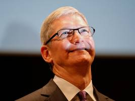 'there probably won't be too many positives': here's what wall street expects from apple earnings (aapl)