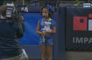 this 7-year-old anthem singer stole the show at miller park