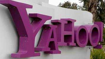 Verizon 'agrees $5bn Yahoo deal'