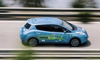 Nissan Builds 48 kWh LEAF as a Side Project, Will Take It Racing