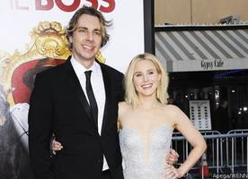 Kristen Bell Shares First Photos From Her Wedding While Tearing Up Talking About Hubby Dax Shepard