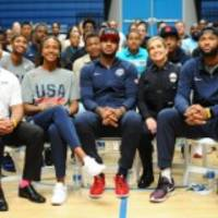 """Carmelo Anthony Unites Community Leaders, Police And More For """"Honest"""" Dialogue In L.A."""