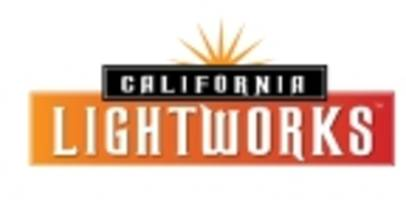 California LightWorks Modernizes the Greenhouse and Indoor Horticulture Industries with a New Generation of Intelligent Spectrum Grow Lights
