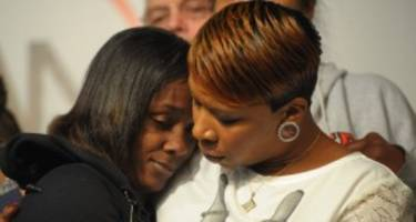 Lesley McSpadden, Michael Brown's Mother: 5 Facts You Need to Know