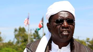 us president's half-brother, malik obama, 'voting for trump'