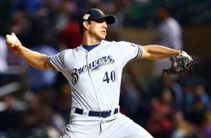 Brewers place Barnes on 15-day DL, recall Blazek