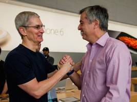 apple is one big bundle of hubris over tv: 'we're apple' (aapl, twc, cmcsa)
