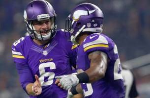 Vikings QB says he suffered freak injury after breaking into his own home