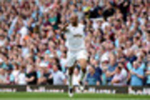 west ham told to pay £20m for striker