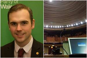 am warns that people find senedd debates 'too dull to watch'