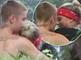 justin bieber sweetly kisses teen girlfriend sofia richie in park as it's revealed they're caught up in 'love fest'