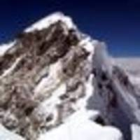 mt everest's hillary step potentially collapsed in earthquake