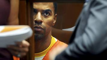 ex-nfl star darren sharper jailed in rape and drugging case