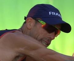 it happens: french olympian soils shorts during race