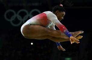 Simone Biles will be first U.S. women's gymnast to carry flag at Olympics