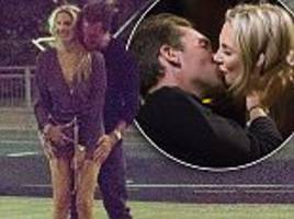 Made In Chelsea's Stephanie Pratt shares a smooch with man on new E4 show