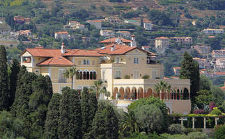 for sale: the world's first $1+ billion dollar house