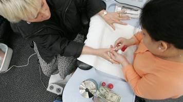 Common Houseplants Could Make Nail Salons Safer