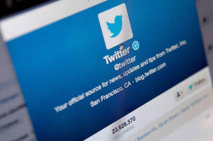 Twitter's new direct messaging button will let you chat with any site on the web