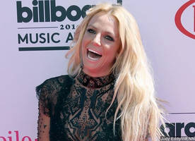Britney Spears on Performing at 2017 Super Bowl Halftime Show: 'I Would' Do That Again!