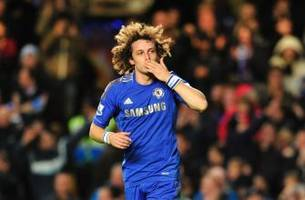 david luiz set for shock chelsea return