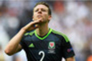 chris gunter says wales fans are crucial to world cup qualificati...