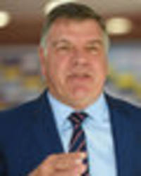 sam allardyce brings in mentality specialists to help england put iceland defeat to bed