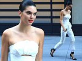 kendall jenner oozes old hollywood glamour in stunning all white ensemble