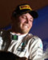 nico rosberg secures victory in the singapore grand prix