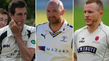 County Championship: Middlesex, Yorkshire and Somerset set for title showdown