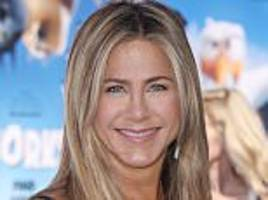 jennifer aniston 'thinks brad pitt and angelina jolie split is karma'