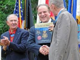 chesco lawmaker to honor veterans at valley forge medal of honor grove