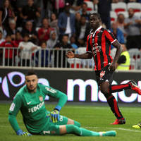 balotelli propels nice to the top