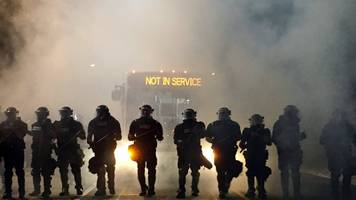 Charlotte protests: Police injured after black man shot