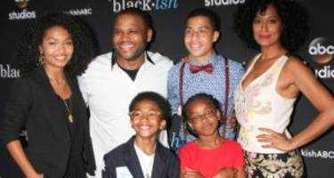 """""""Blackish"""" Season 3 Cast: Facts to Know about the Johnsons"""