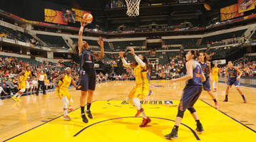 Every member of Indiana Fever kneels in protest during national anthem