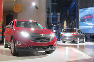 Chevrolet's 2018 Equinox compact crossover sports more tech and a diesel engine